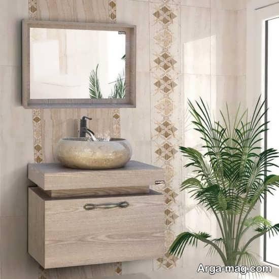تزیینات قشنگ سرویس بهداشتی با گل طبیعی