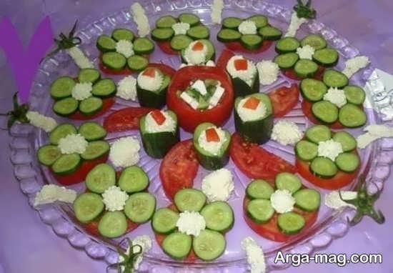 تزیین جالب خیار و گوجه به شکل گل