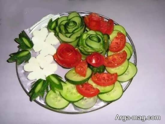 تزیین خیار و گوجه و پنیر برای صبحانه