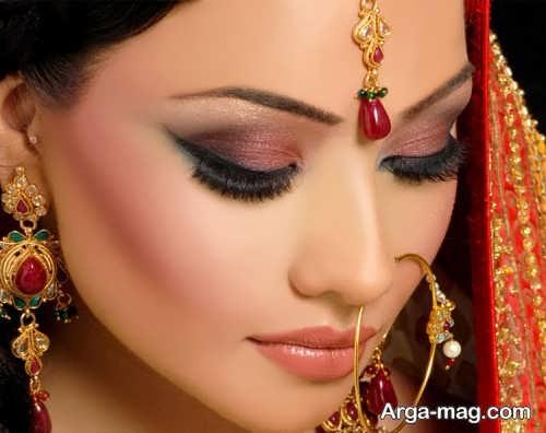 مدل آرایش چشم هندی شیک و زنانه