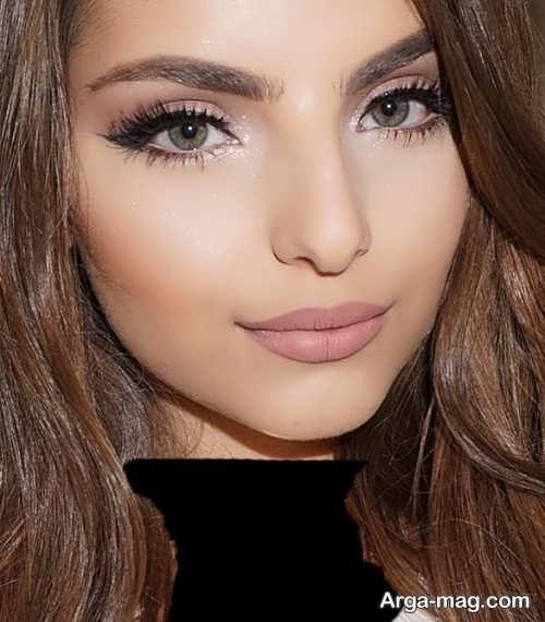 آرایش صورت ملایم و جذاب زنانه
