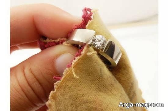 آیا با سرکه سفید می شود انگشتر نقره را برق انداخت؟