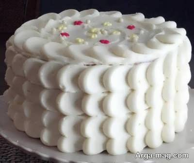 تزیین زیبا و جالب کیک با خامه فرم گرفته