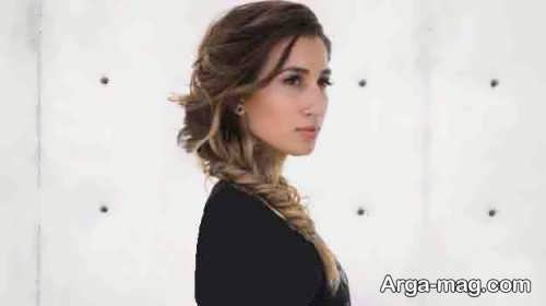 مدل موی ساده همراه با بافت مو برای عروسی