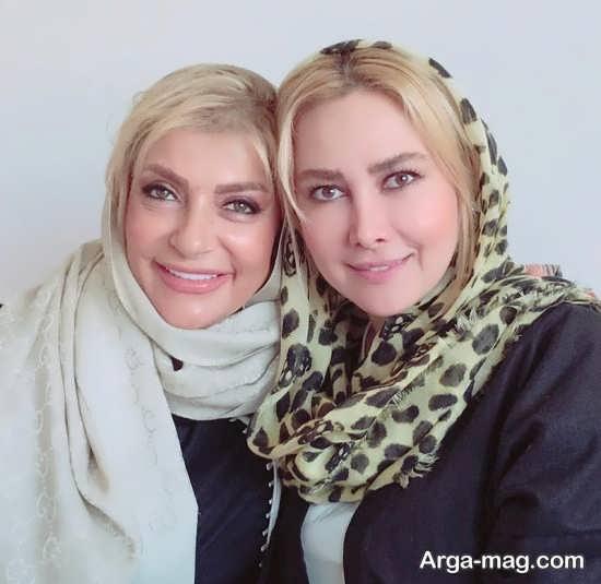عکس آناهیتا نعمتی و دوستش