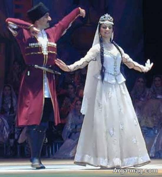 لباس زیبا زنان و مردان آذری