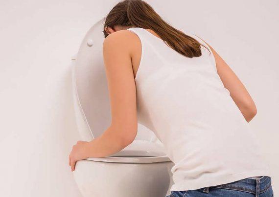 رفع حالت تهوع با مایعات در بارداری