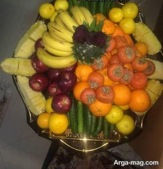 چیدن میوه در ظرف