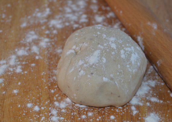 طرز تهیه خمیر سمبوسه در منزل