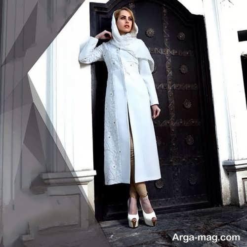 مدل مانتوی بلند و سفید برای عقد محضری