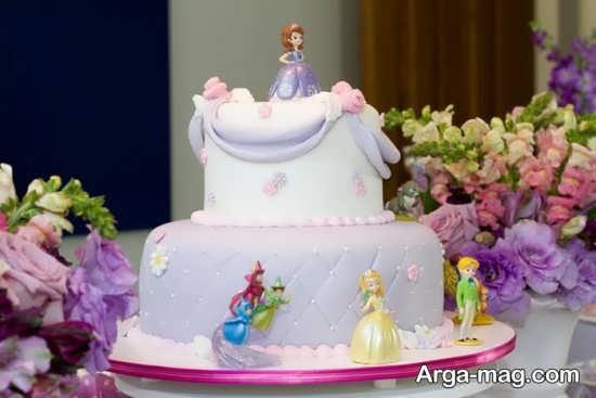 تزیین کیک تولد با تم تولد دخترانه سوفیا