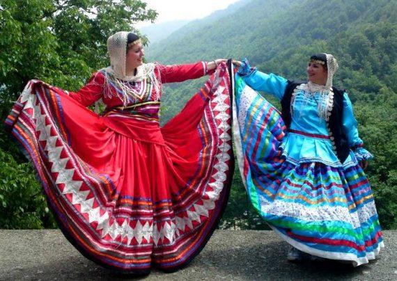مدل لباس سنتی زنانه و دخترانه