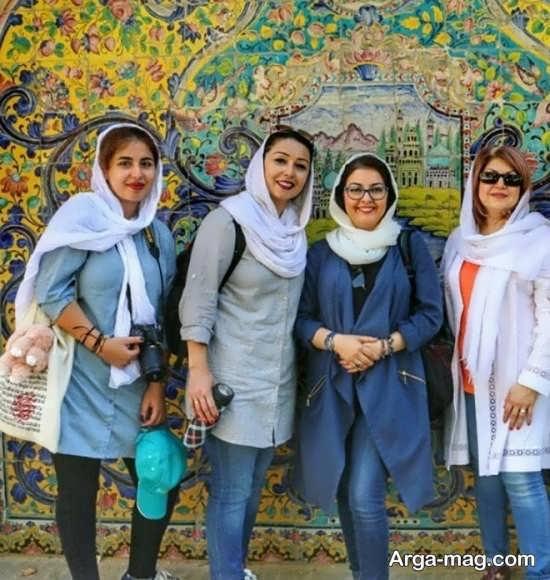 عکس آناهیتا همتی و دوستانش در تهران