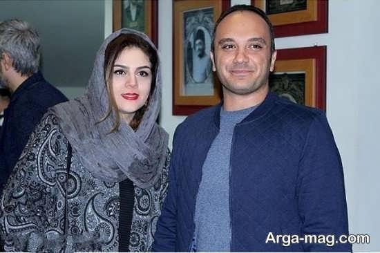 احسان کرمی در کنار همسرش