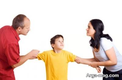 حضانت فرزند پسر بعد از طلاق با چه کسی است؟
