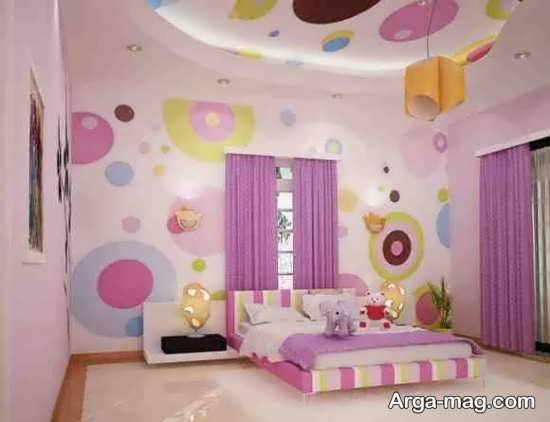 ترکیب چند رنگ شاد و طراحی جالب برای اتاق دخترانه