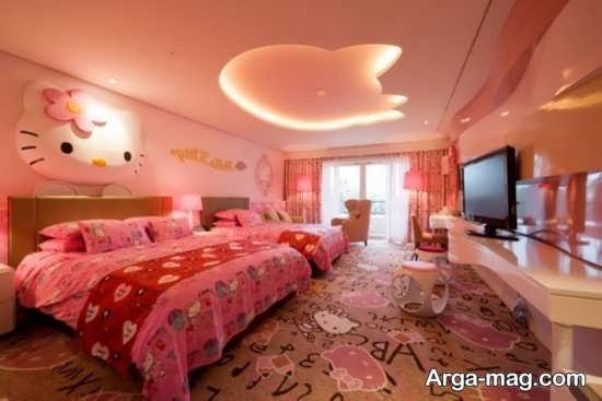 تزیین اتاق نوزاد دختر با طرح شخصیت کیتی