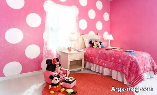تزیین اتاق نوزاد دختر با رنگ صورتی و طرح میکی موس