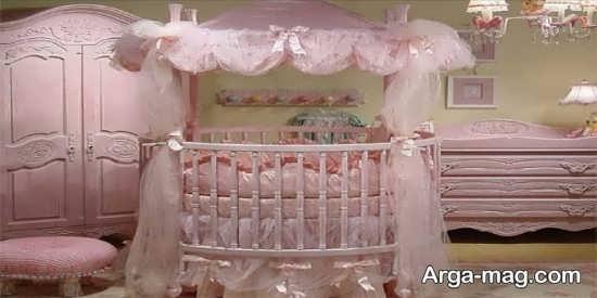 مدل پرده و تخت پرنسسی با رنگ صورتی برای اتاق نوزاد دختر
