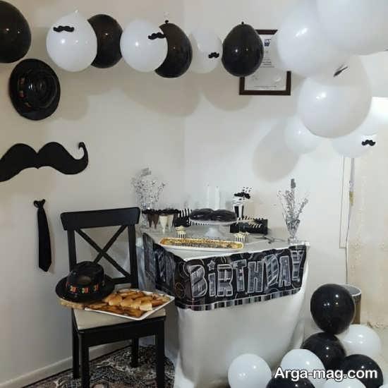 تزئین میز تولد با طرح تم سبیل