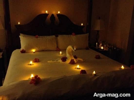 تزیین اتاق خواب با گل و شمع های تزیین