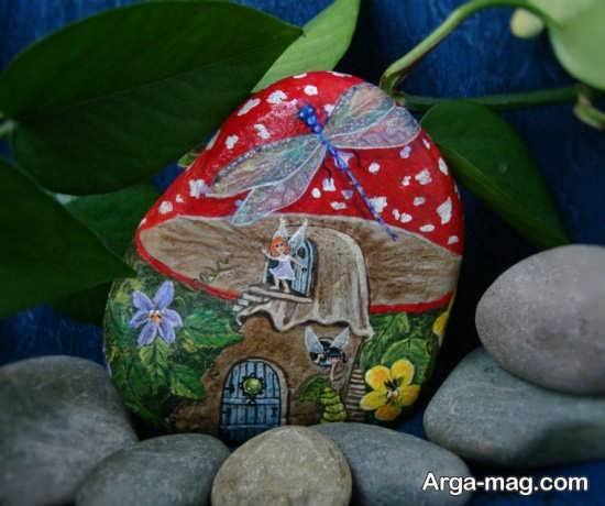 نقاشی زیبا و جالب روی سنگ