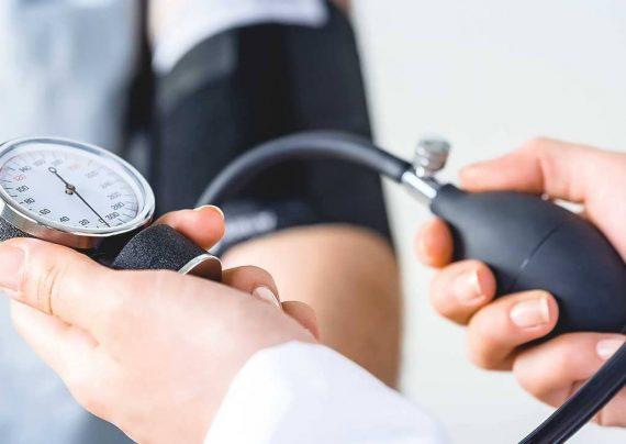 پایین آوردن فشار خون و علت ابتلا به آن