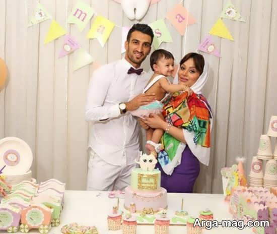 حسین ماهینی در کنار همسرش