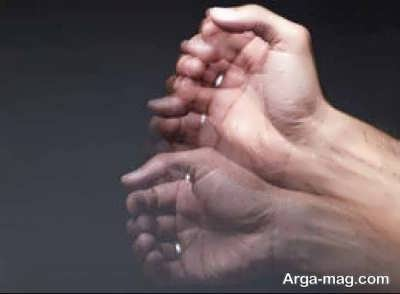 چرا دستها می لرزند؟