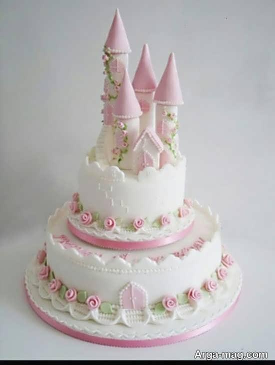 کیک تولد به شکل قصر