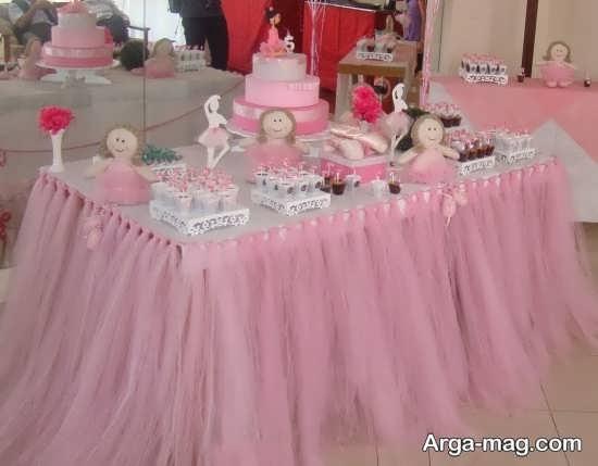 دکوراسیون میز تولد با تم تولد پرنسسی