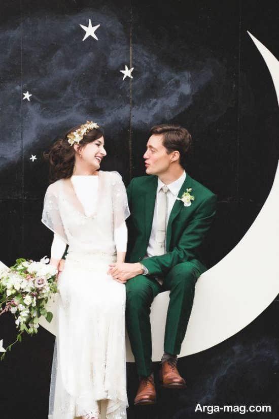 ژست زیبا عروس و داماد در آتلیه