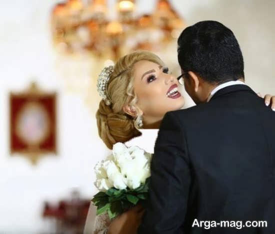 ژست های زیبا و طبیعی عروس و داماد
