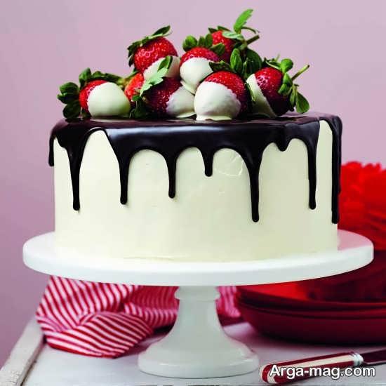 تزیین زیبا و خلاقانه کیک با خامه