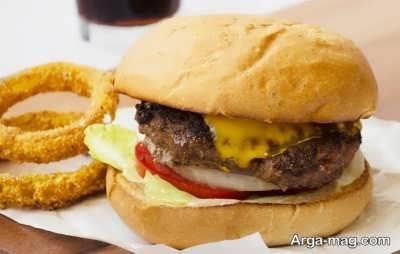 دستور تهیه همبرگر ذغالی با پنیر