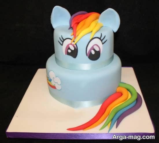 کیک تولد با طرح زیبا و دوست داشتنی