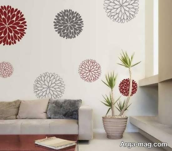 نقاشی روی دیوار منزل