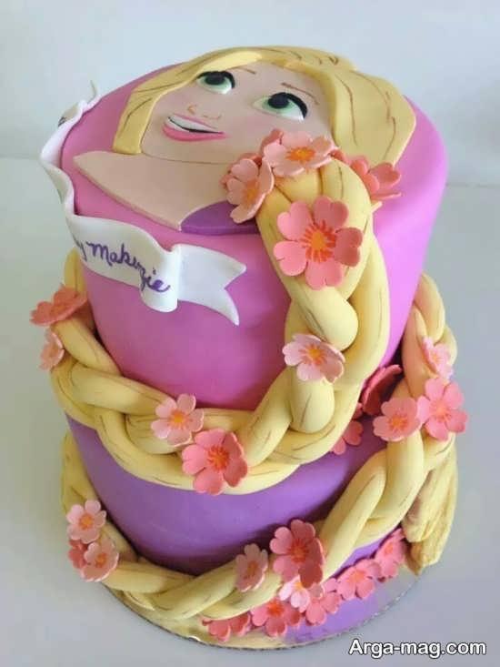 کیک تولد زیبا با تم گیسو کمند