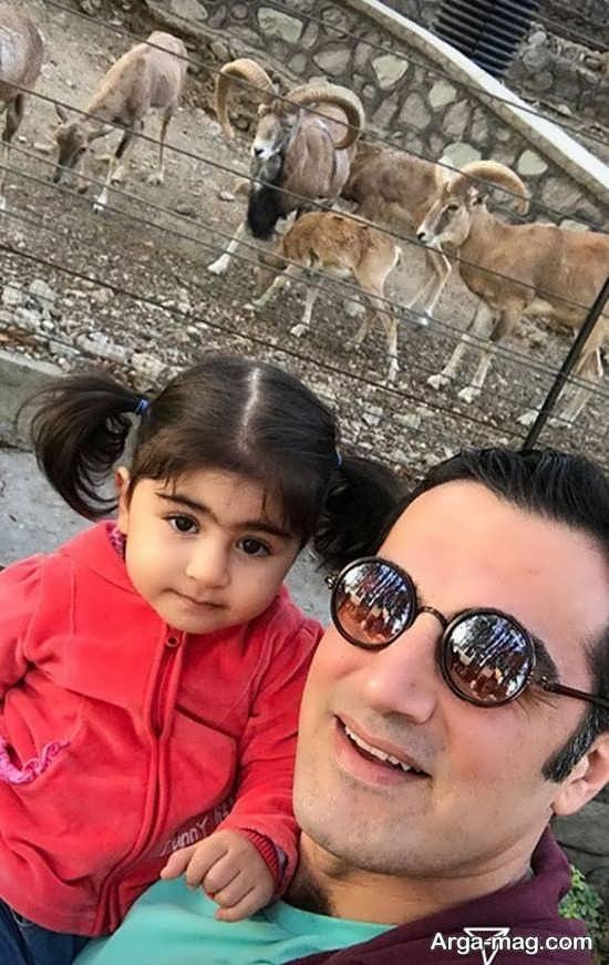 سلفی کوروش سلیمانی و دخترش