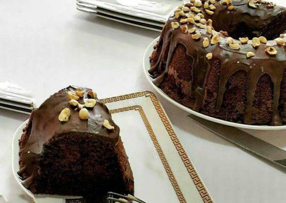 طرز تهیه کیک شکلات بی بی