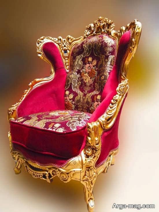 مبل سلطنتی با رنگ زرشکی سلطنتی