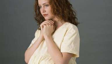 علت تلخی دهان در بارداری چیست؟