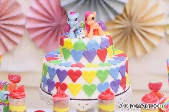 تزیین کیک تولد با عروسک پونی کوچولو