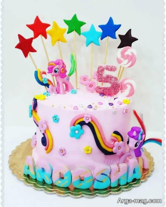 تزیین کیک تولد با شخصیت کارتونی پونی کوچولو