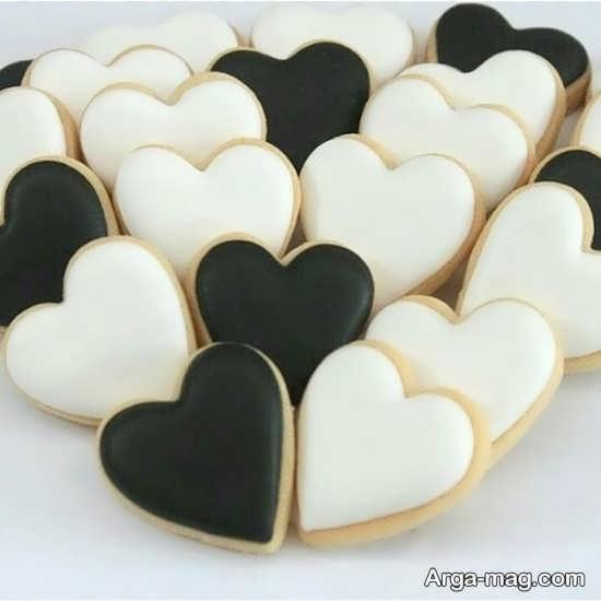 شیرینی های قلبی سیاه و سفید