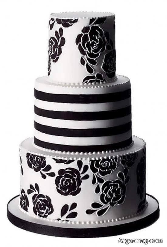کیک تولد سفید و سیاه