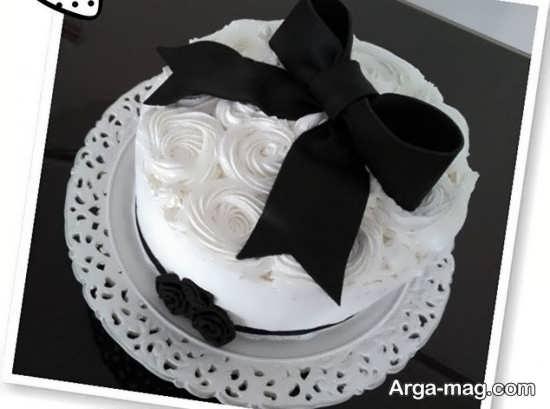 کیک جالب سفید مشکی
