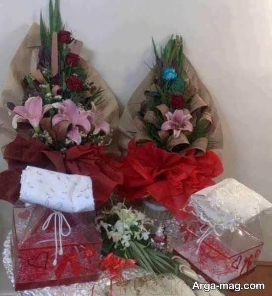 دسته گل ویژه شب یلدا به همراه کادو