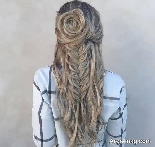 بافتی زیبا از موی بلند