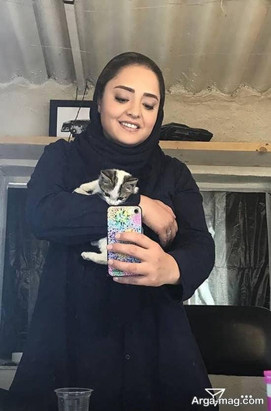 نرگس محمدی و گربه اش